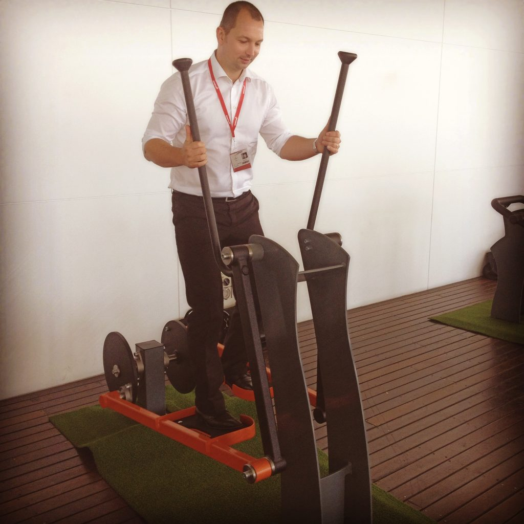 KOMPAN new Standing Strong Fitness Range at 2015 National Day of Play