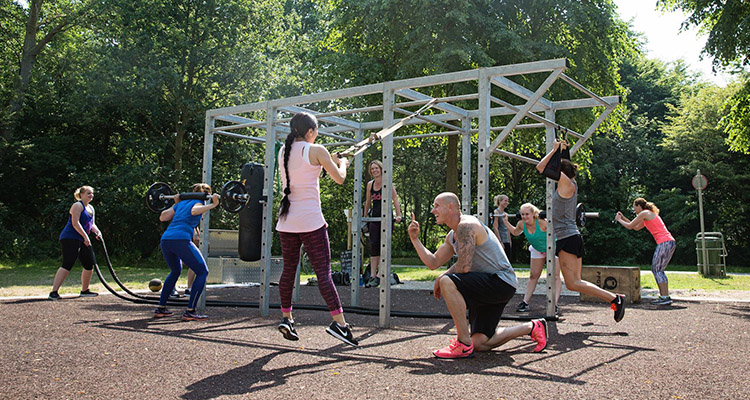 Kompan Standing Strong Fitness equipment - Bootcamp Base